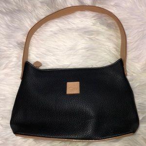 Dooney & Bourke shoulder purse
